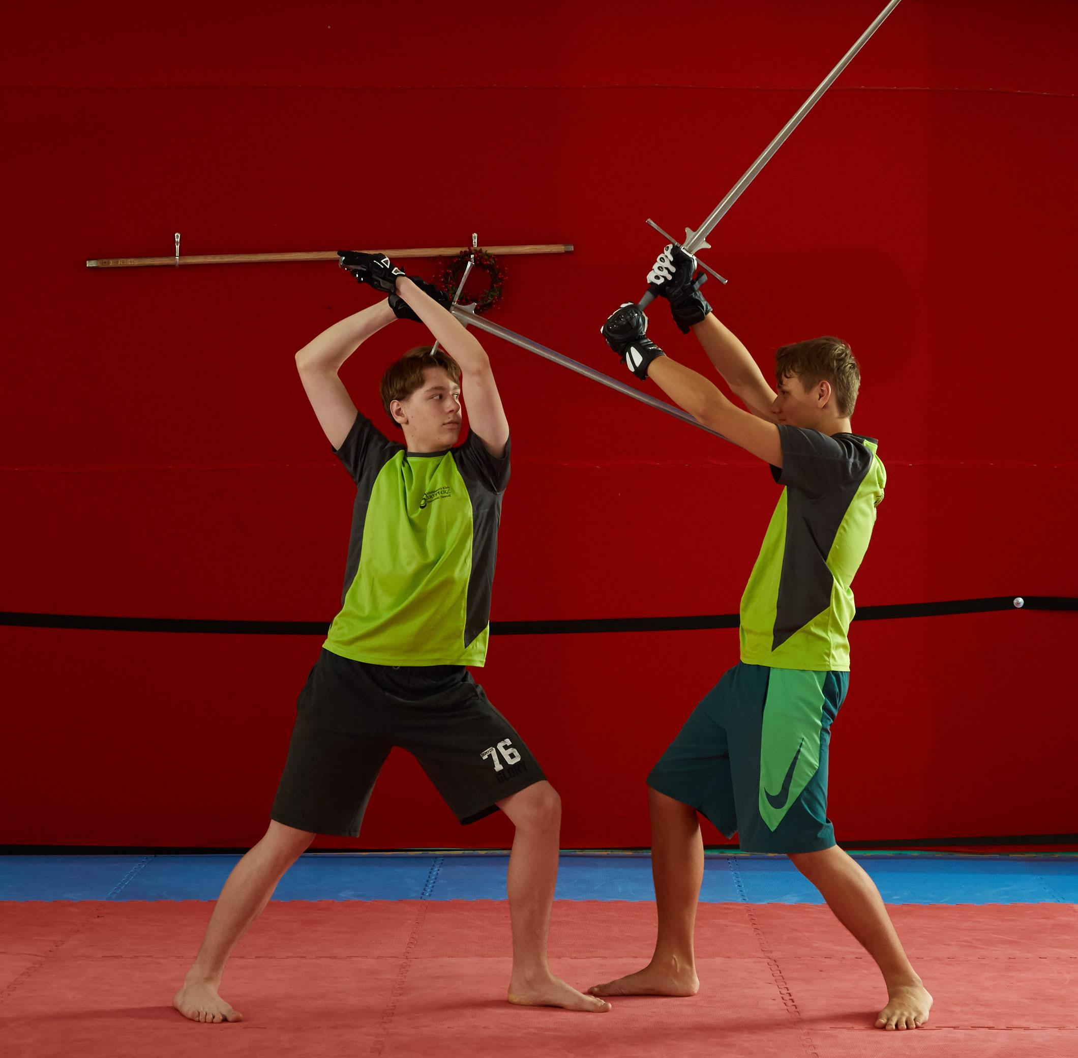 walka mieczem stalowym